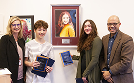 Students receive Fine Arts Award