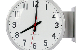 picture of an analog clock